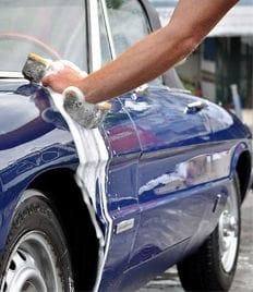 Круглосуточная профессиональная автомойка на Луначарского со скидкой до 54 %! Порадуй себя и свою машину!