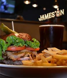 Jameson - это состояние души! А еще - это бар, оригинальная кухня, веселые вечеринки, море позитива и интересные кулинарные сеты со скидкой 50%!