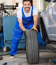 Успей переобуть свой автомобиль! Шиномонтаж на Коминтерна со скидкой до 61%!