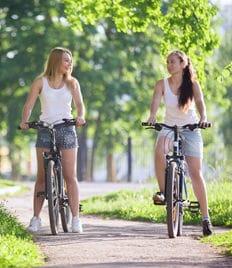 Прокат электросамокатов и велосипедов со скидкой до 50% в ССК «Динамо»! Не сидите дома!