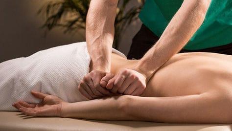 Общий расслабляющий, антицеллюлитный и оздоровительный массаж спины со скидкой до 53% от дипломированного специалиста Дмитрия Васильева!