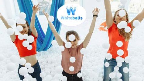 Новый формат активного отдыха! Сухой бассейн для всей семьи Whiteballs со скидкой 50%! Положительные эмоции и яркие фотографии!